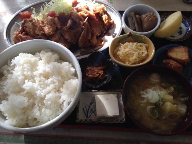 「焼肉定食」飯山市・きらく園