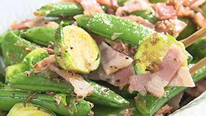 スナップエンドウと芽キャベツの炒め物(麗子センセーの信州大好きCooking)