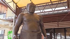 もっと!信州77「東御市編」| 雷電 銅像