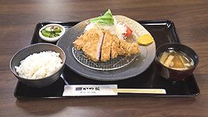 ロースかつ定食 長野県産SPF豚(かつ蔵)