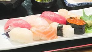 あるるんの海寿司8貫|夏を遊びつくせ!長野&新潟 山と海