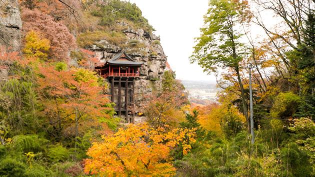 釈尊寺(布引観音)|晩秋の小諸で紅葉と歴史を訪ねる(いいね!信州スゴヂカラ)