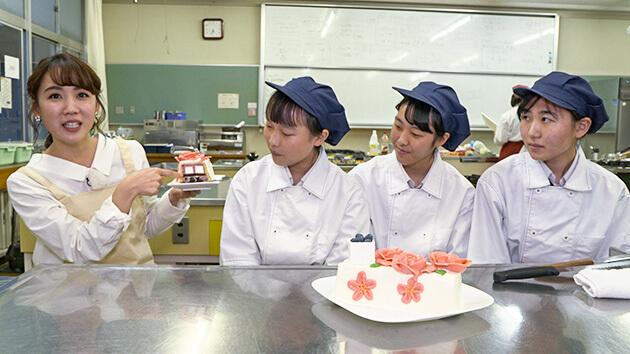 スイーツ甲子園 最優秀賞を受賞した屋代南高校|信州産フルーツを美味しく!美しく!