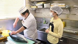 銀魚万汲田 愛され続ける まちの鮮魚店