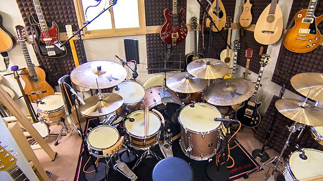 土蔵を改修した音楽スタジオ|信州新町を音楽のまちに!古民家スタジオから世界へ響け