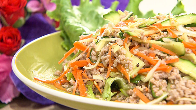 ひき肉と香味野菜のタイ風サラダ(10月6日 水曜 よる6時55分)